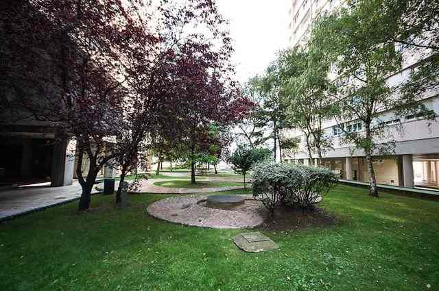 La Défense- Jardin Boieldieu, 3 Bedroom Apartment
