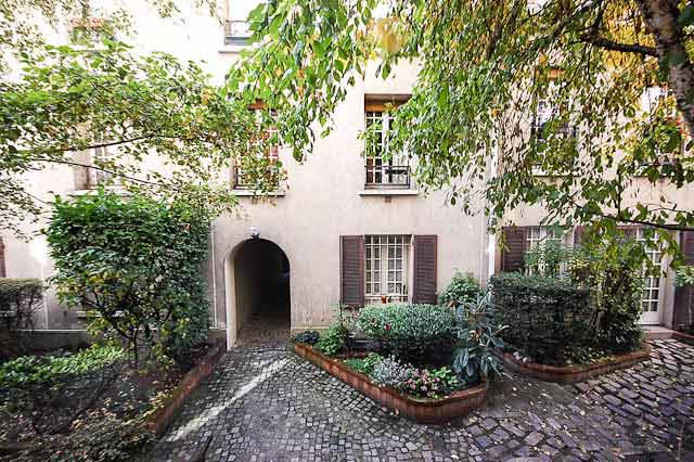 Lovely exterior of Montparnasse- Impasse de la Gaité, 1 bedroom apartment